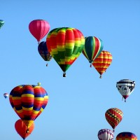 hot-air-balloons-439331_1280.jpg