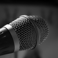 microphone-482250_1280.jpg