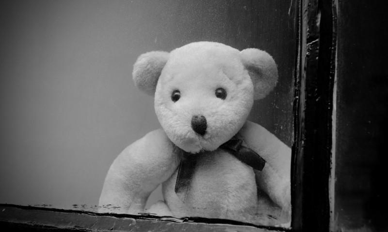 window-163812_1280