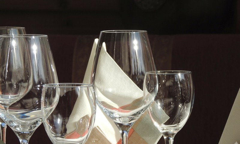 wine-glass-68038_1280.jpg